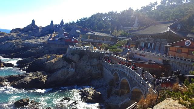 sejour-circuit-voyage-coree-busan-temple-haedong-yonggungsa